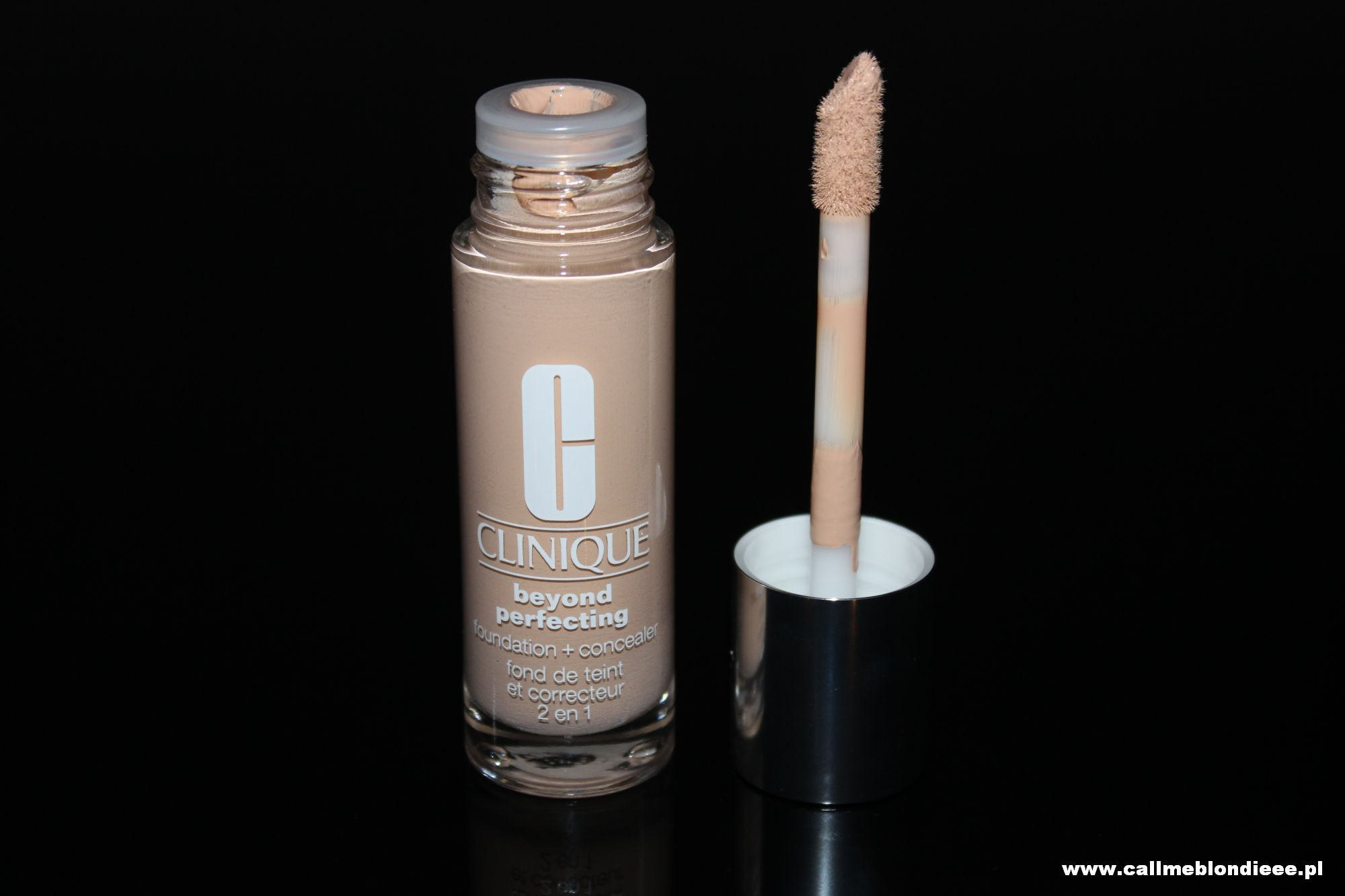 Clinique Perfecting Foundation Concealer 1