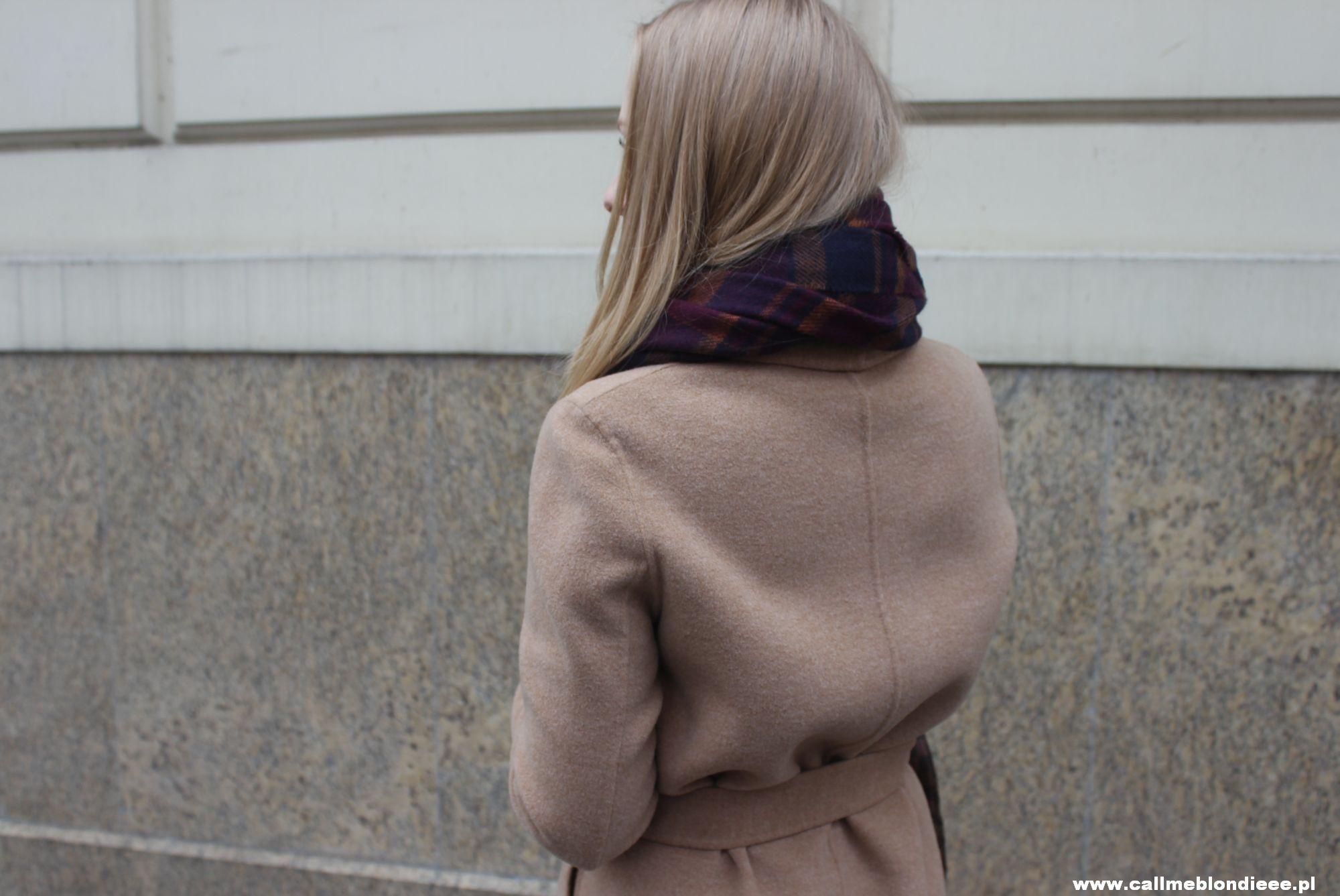 OOTD Camel Coat & Burgundy Jeans 2