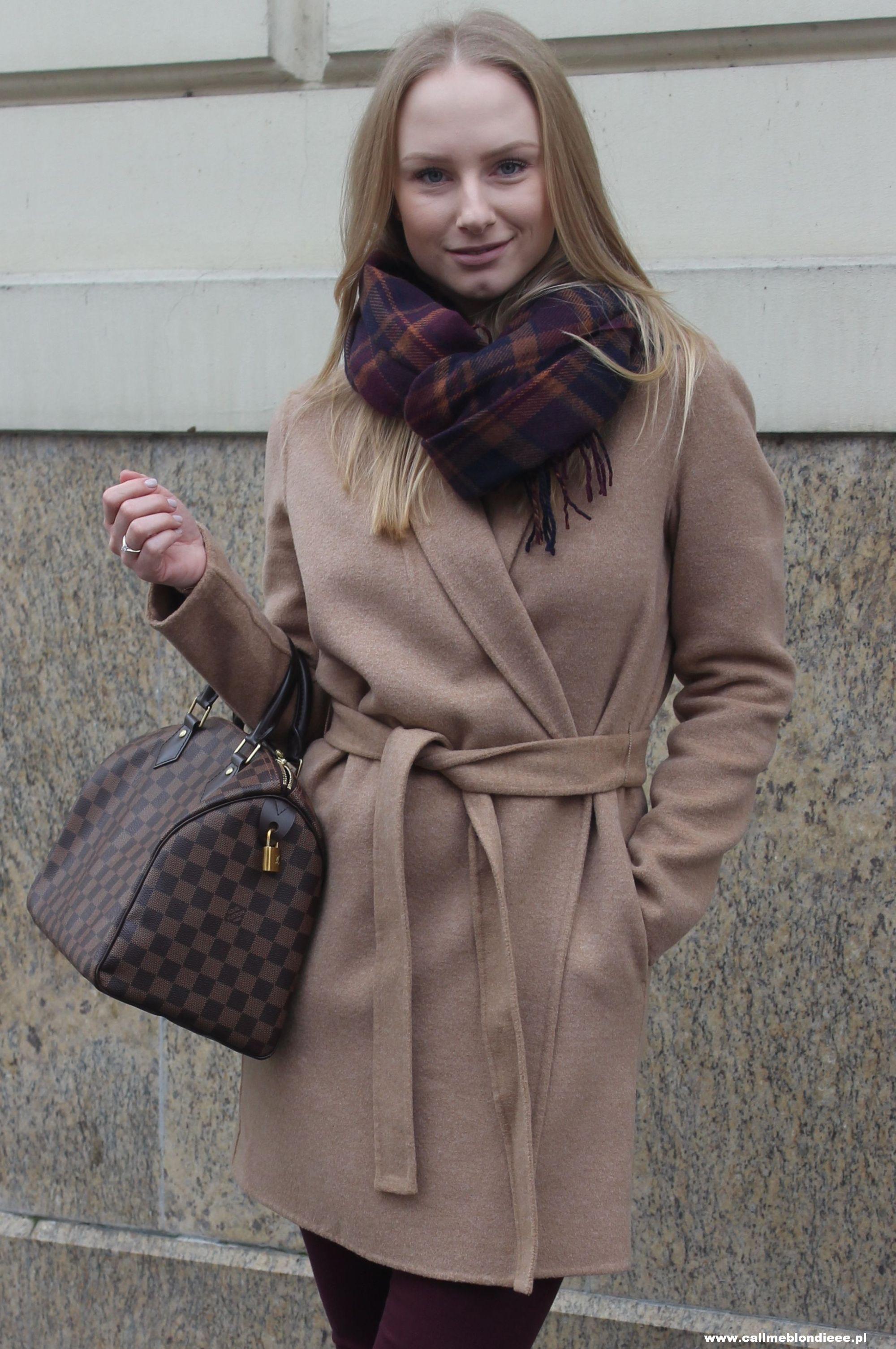 OOTD Camel Coat & Burgundy Jeans 3