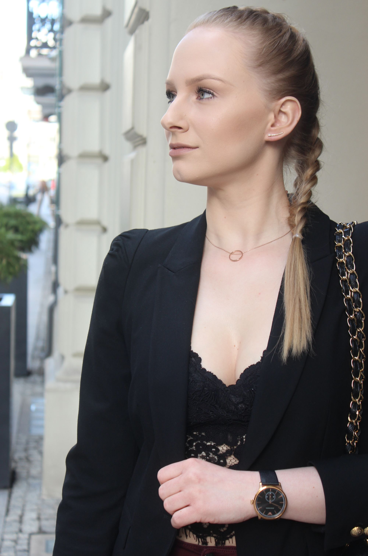 OOTD Black Lace Top 4