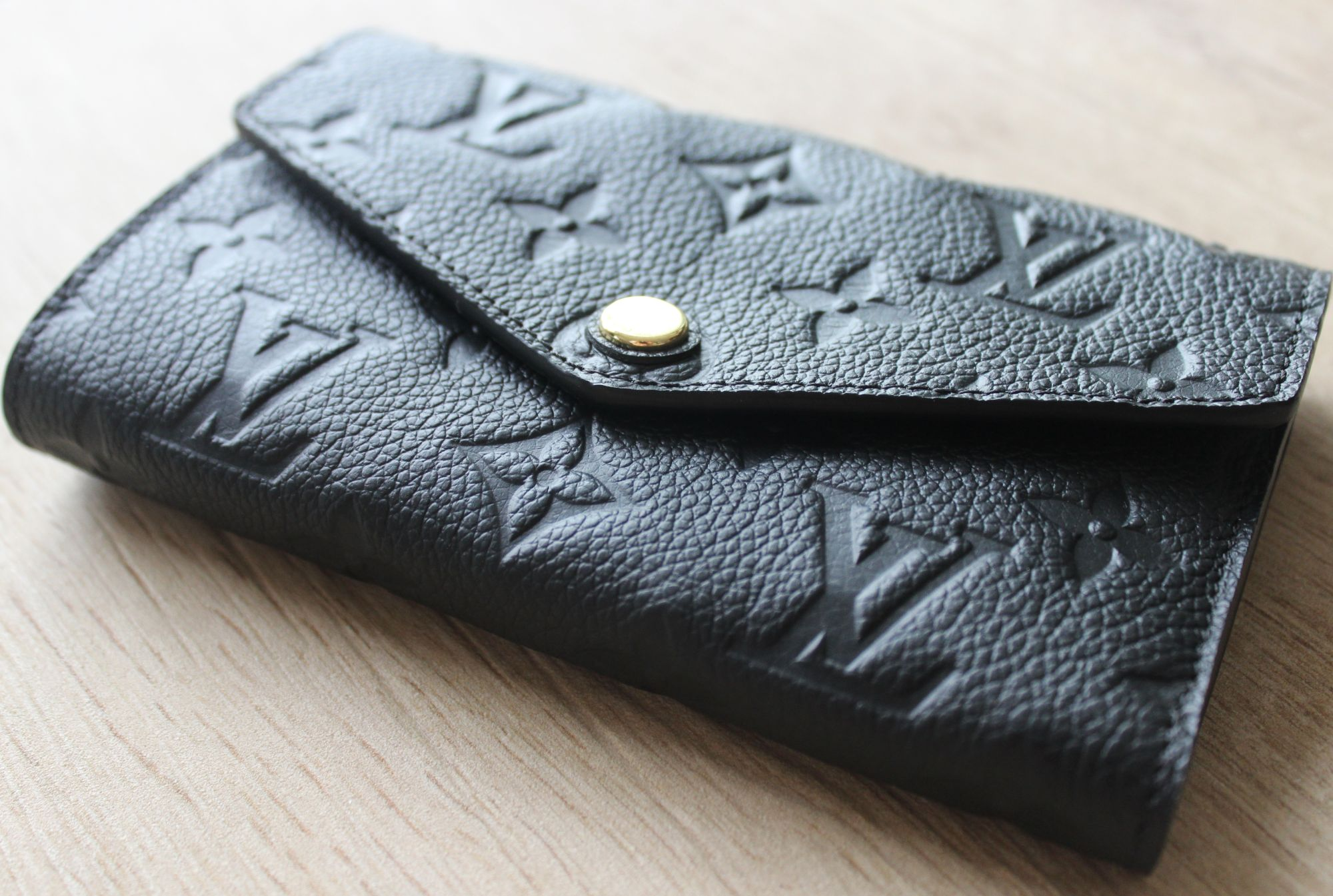 LV Compact Curieuse Wallet in Monogram Empreinte Leather 3