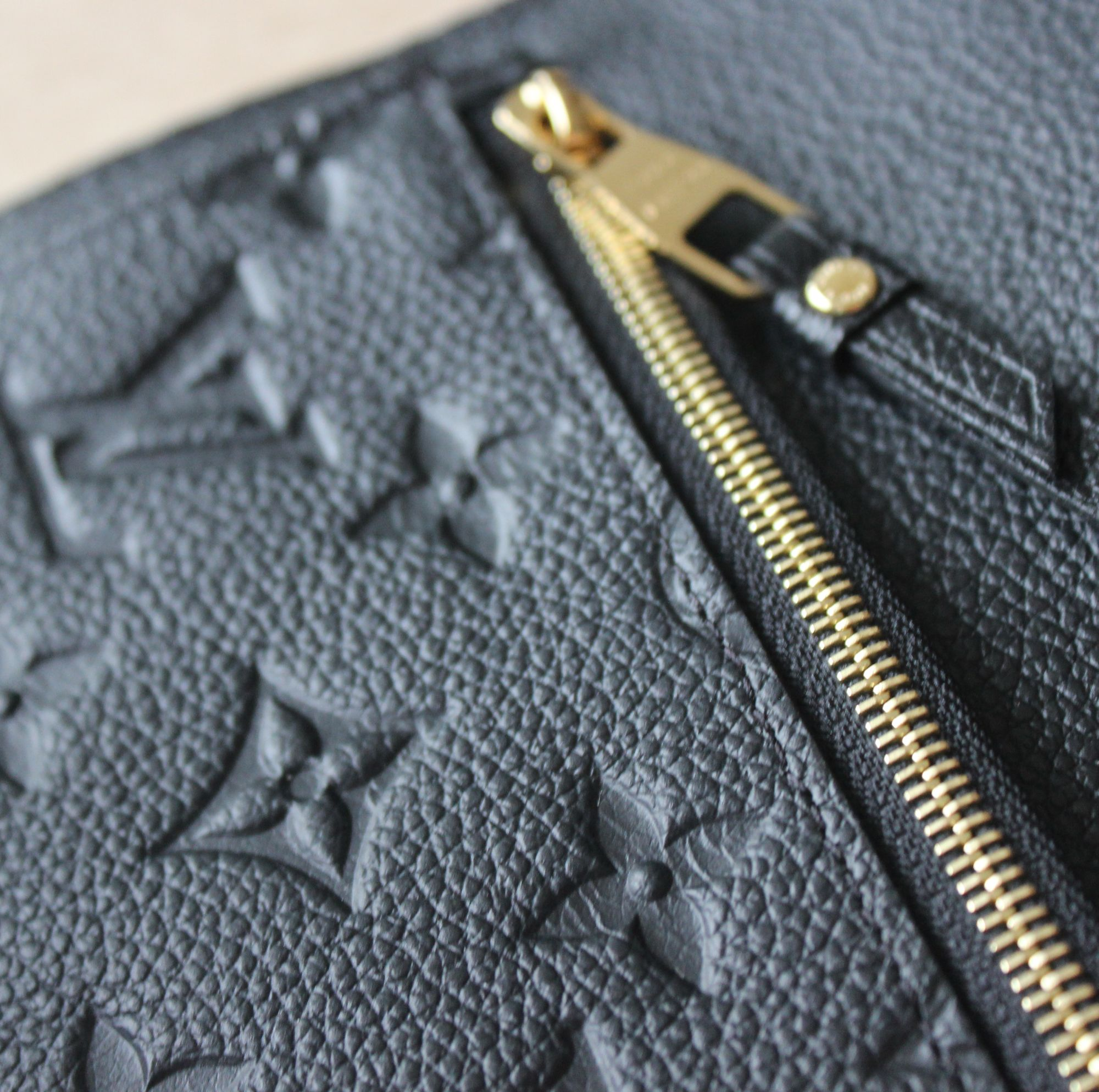 LV Compact Curieuse Wallet in Monogram Empreinte Leather 6
