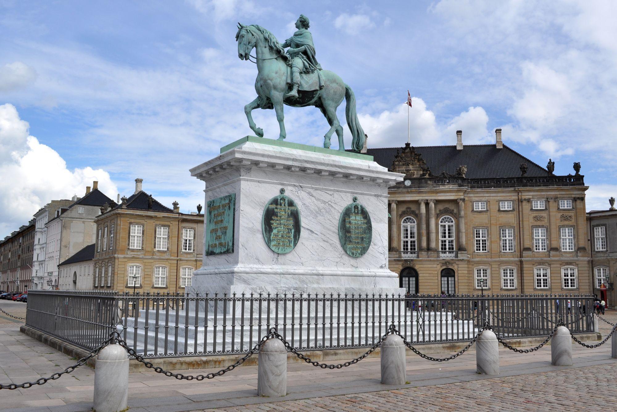 Amalienborg 2