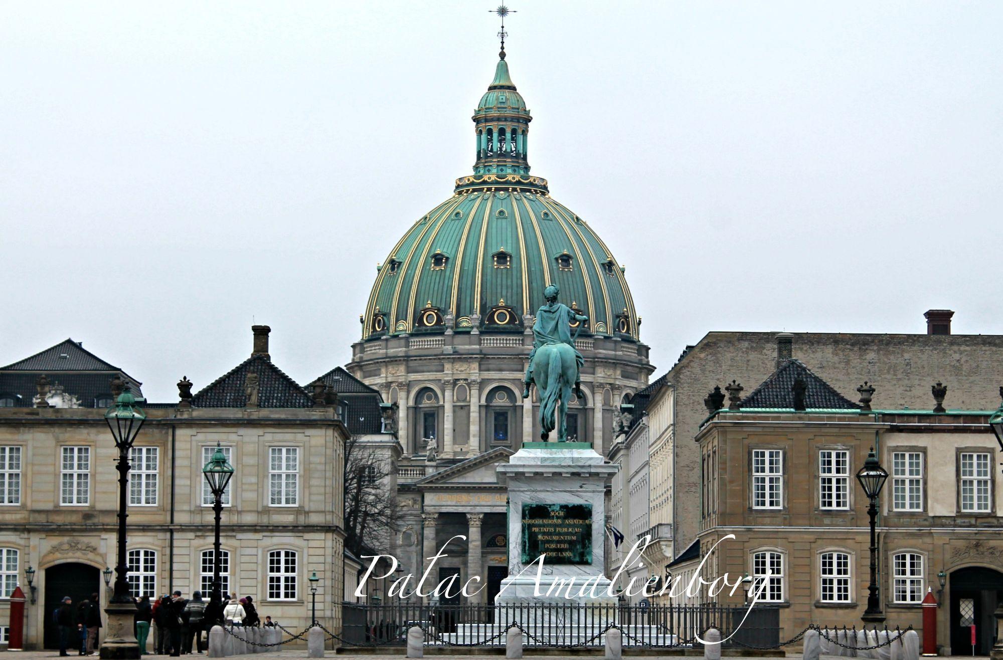 Amalienborg 8