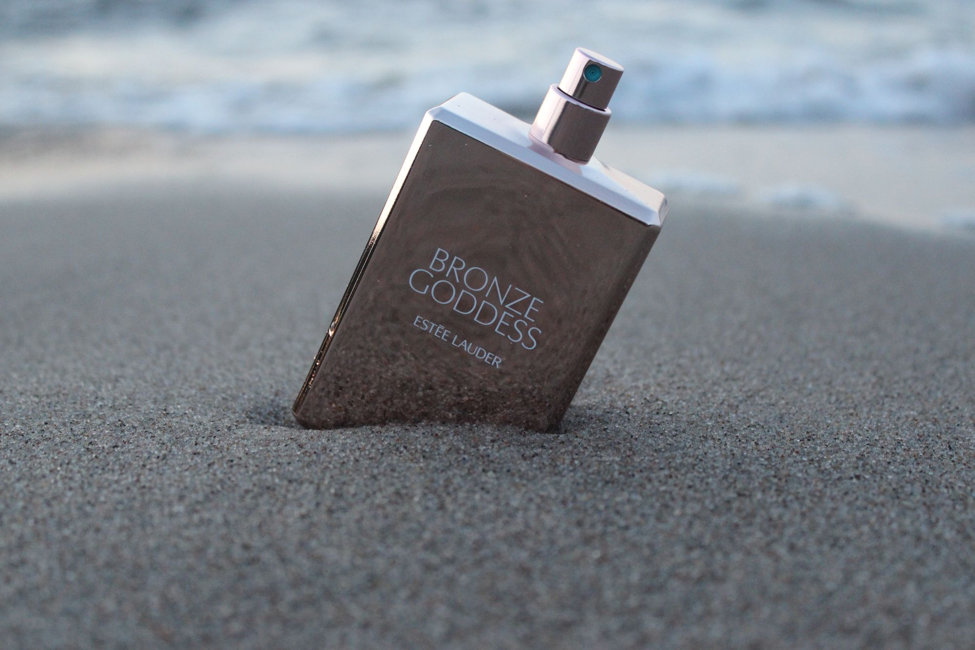 Keep the summer with Estee Lauder Bronze Goddess Edp 4