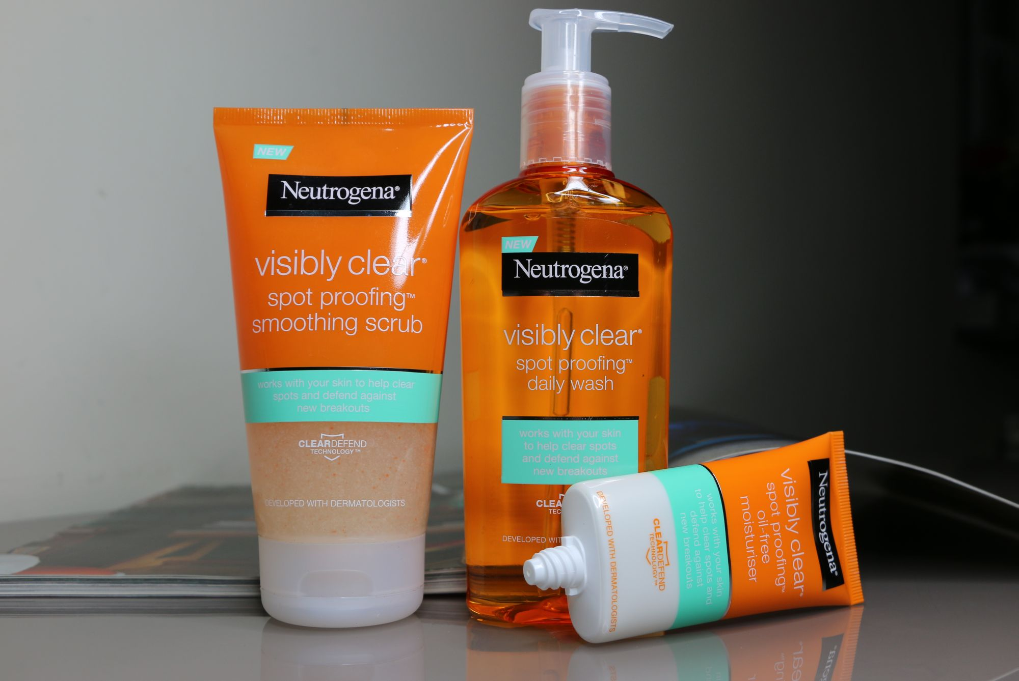 TOP 5 SKINCARE PRODUCTS - Neutrogena Visibly Clear Set