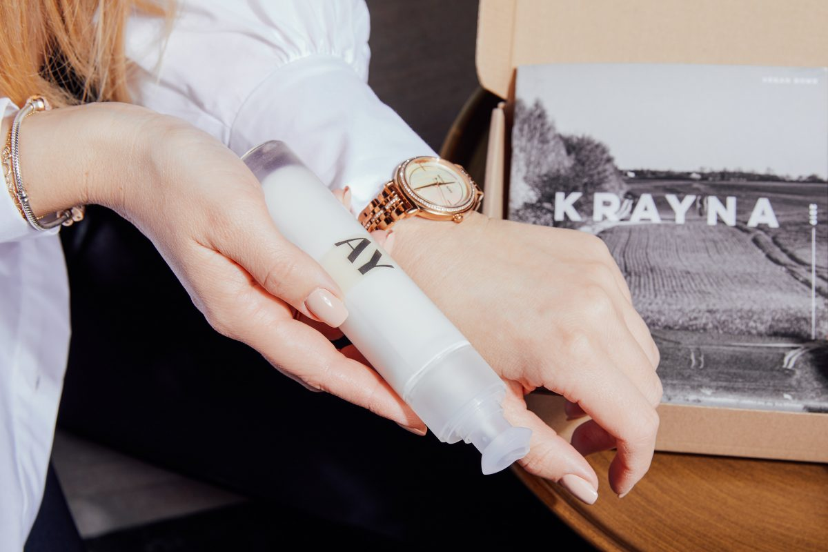 AY by KRAYNA 105