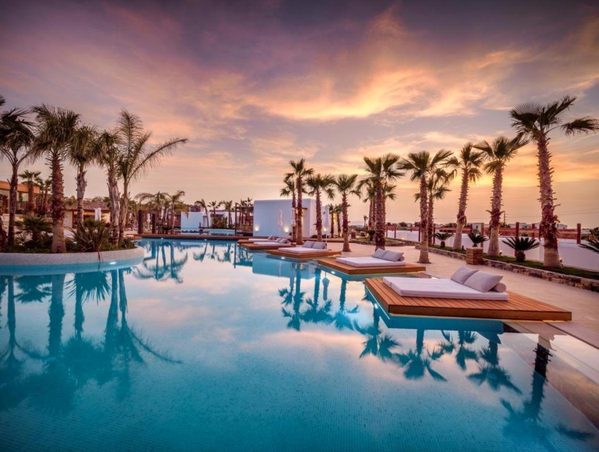 Evening by the Pool II :: Stella Island ::